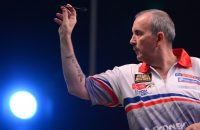 Phil Taylor gooit 9-darter tijdens World Matchplay