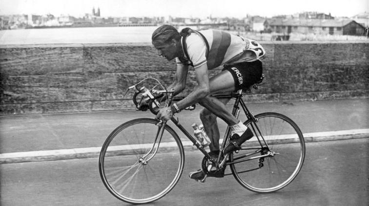 Oud-wielrenner Jan Nolten overleden