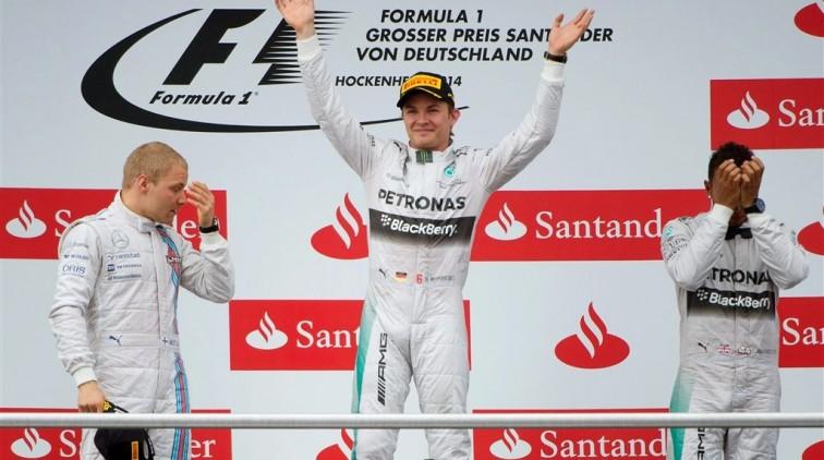 Rosberg: 'Alleen mijn trouwdag was mooier'