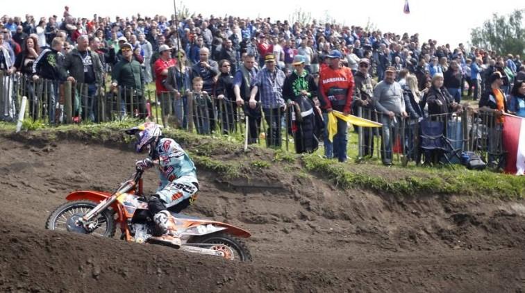 Zware crash Jeffrey Herlings in Genk