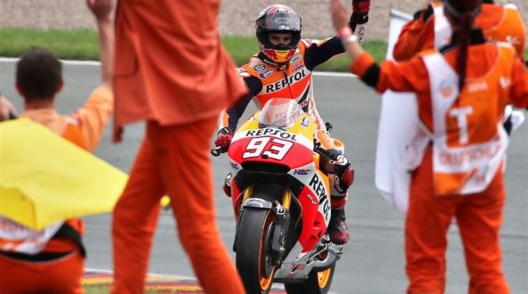 Márquez boekt tiende zege op rij in MotoGP