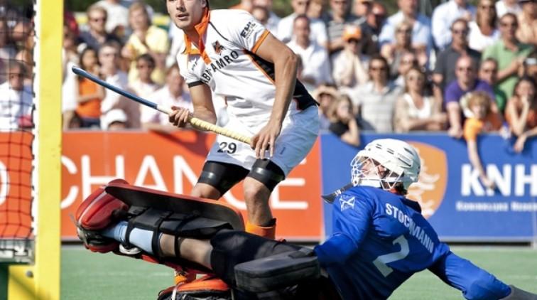 Debutant De Mol pikt goaltje mee in doelpuntenfeest OZ