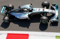 Hamilton haalt zijn gram met overwinning op Monza