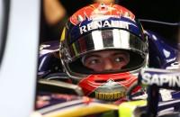 Video: De eerste Formule-1 kilometers van Max Verstappen