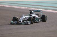 Hamilton snelste in trainingen Abu Dhabi