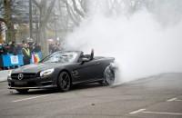 Tienduizenden vieren feest met Mercedes
