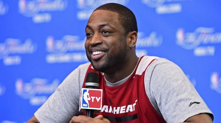 Basketballer Wade viert rentree met zege