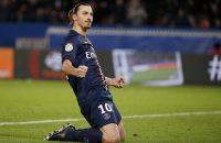 Zlatan velt Nantes