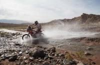 Dakar Rally raast door na weer een dode
