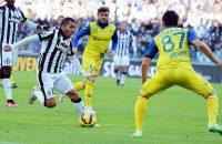 Koploper Juventus wint thuis van Chievo
