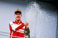 Vettel maakte einde aan overmacht Mercedes