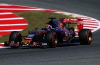 Verstappen overleeft Q1 in Spanje