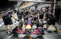 Red Bull lonkt naar motoren Ferrari