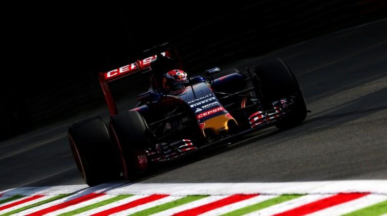 Verstappen 14de op eerste training Monza