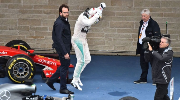 Nigel Mansell: Hamilton kan Schumacher evenaren