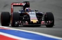 Straf voor Alonso, toch WK-punt voor Verstappen