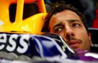 Ricciardo staat met nieuwe motor voor inhaalrace
