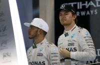 Hamilton: Rosberg is een enorme klager