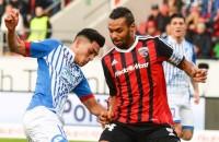Uth helpt Stevens en Hoffenheim aan punt
