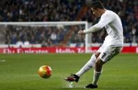 Ronaldo helpt Real met hattrick ruim langs Espanyol