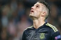 Fenerbahçe onderuit ondanks late goal Van Persie
