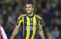 Invaller Van Persie helpt Fenerbahçe aan zege