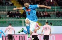 Napoli en Lazio boeken zeges