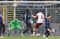 Commentator door het dolle heen na goal cultheld Totti