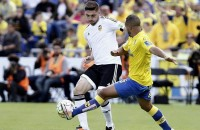Valencia verliest ook met nieuwe coach