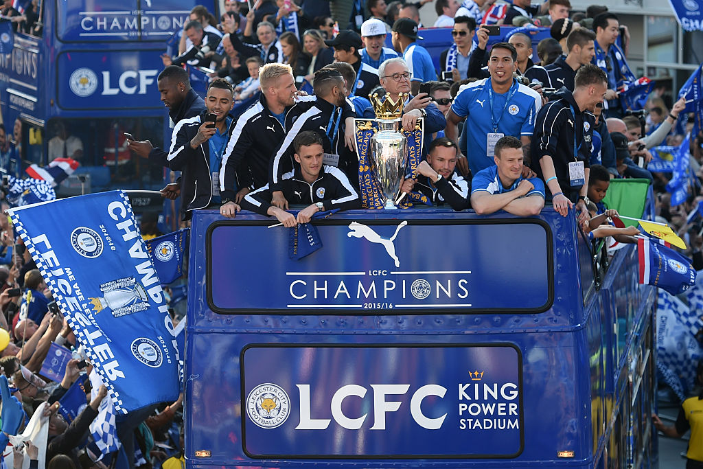 Leicester City celebrates title with parade and inauguration (video and pictures)