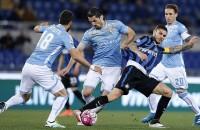 Lazio verslaat Inter en helpt daarmee AS Roma