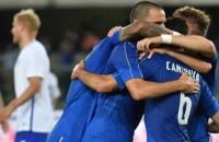 Italië boekt prima zege in uitzwaaiwedstrijd