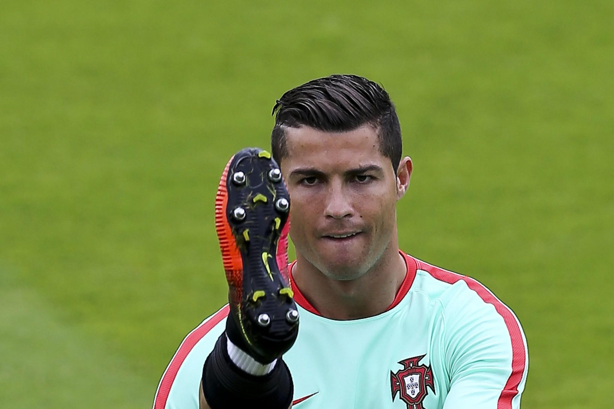 Ronaldo archives sportfeed for Peinado cristiano ronaldo 2017