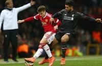 Mourinho verhuurt overbodige Varela aan Frankfurt