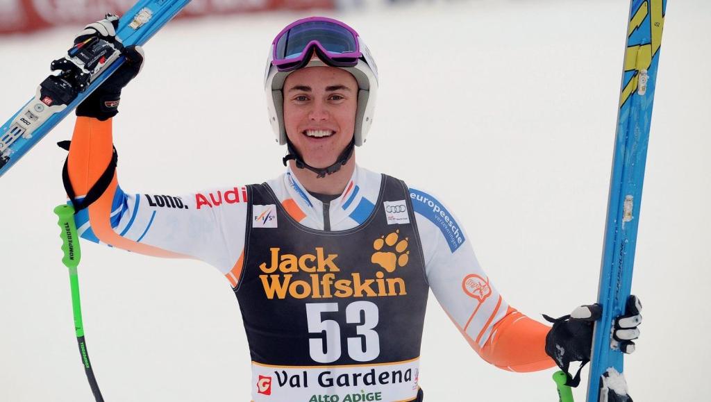 https://sportnieuws.nl/app/uploads/2016/09/Alpineski-r-Van-Heek-bergt-latten-op-sportnieuws-nl-16458343.jpg