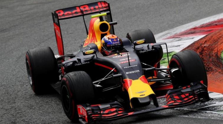Verstappen baalt van mislukte start op Monza