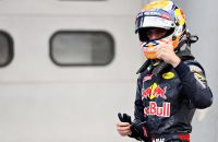 KUALA LUMPUR, MALAYSIA - OCTOBER 01:  Max Verstappen of Netherlands and Red Bull Racing gives the fans a thumbs up after qualifying in third place on the grid during qualifying for the Malaysia Formula One Grand Prix at Sepang Circuit on October 1, 2016 in Kuala Lumpur, Malaysia.  (Photo by Mark Thompson/Getty Images)