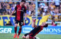ROSARIO, ARGENTINA - OCTOBER 23: Maxi Rodriguez of Newell´s Old Boys celebrates after scoring during match between Rosario Central and Newell's Old Boys as part of Torneo Primera Division 2016/17 at Gigante de Arroyito Stadium on on October 23, 2016 in Rosario, Argentina. (Photo by Amilcar Orfali/LatinContent/Getty Images)