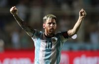Ontketende Messi geeft Argentinië weer hoop op WK