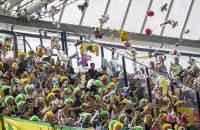 ADO-fans genomineerd voor FIFA Fan Award na knuffelactie