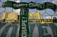 'Chape' herdenkt slachtoffers in stadion