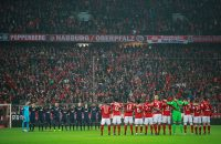 MUNICH, GERMANY - DECEMBER 21: The players, fans and officlas observe a minute's silence to remember the victims of the Berlin attack during the Bundesliga match between Bayern Muenchen and RB Leipzig at Allianz Arena on December 21, 2016 in Munich, Germany.  (Photo by Adam Pretty/Bongarts/Getty Images)
