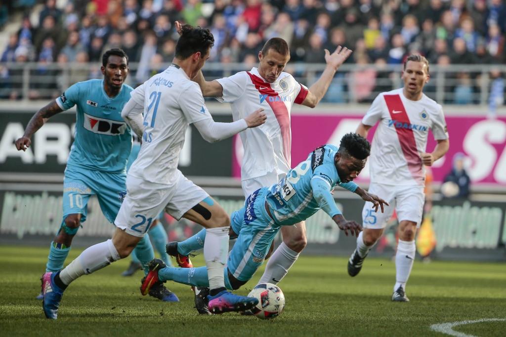 https://sportnieuws.nl/app/uploads/2017/01/AA-Gent-verslaat-koploper-Club-Brugge-en-verpest-jubileum-Simons-sportnieuws-nl-16865016.jpg.jpg