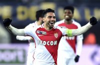2017-01-10 23:31:40 Monaco's Colombian forward Radamel Falcao jubilates at the end of the French League Cup football match Sochaux (FCSM) vs Monaco (ASM), on January 10, 2017, at the Auguste Bonal stadium in Montbeliard.  / AFP PHOTO / SEBASTIEN BOZON