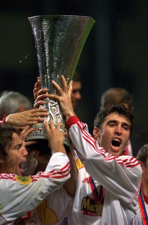 https://sportnieuws.nl/app/uploads/2017/03/Galatasaray-royeert-clublegende-Hakan-S-k-r-sportnieuws-nl-17030436.jpg