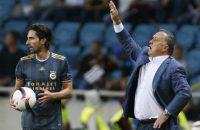 Advocaat met Fenerbahçe naar halve finale Turkse beker