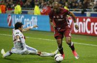 Olympique Lyon in slotfase langs Besiktas in grimmig duel