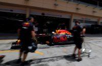 Ricciardo aan kop tijdens eerste testochtend in Bahrein