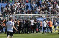 Spelers Olympique Lyon aangevallen tijdens warming-up