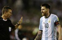 Strafcommissie FIFA wil Messi horen over wangedrag tegen Chili